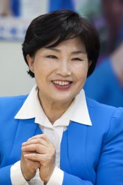 전혜숙 국회 여성가족위원장