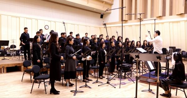 서울시합창단 애국가 녹음 사진 ⓒ세종문화회관