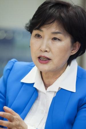 전혜숙 국회 여성가족위원회 위원장 ⓒ이정실 여성신문 사진기자