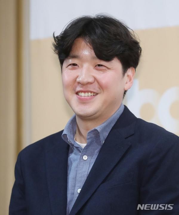 '리갈하이' 김정현 감독. ⓒ뉴시스·여성신문