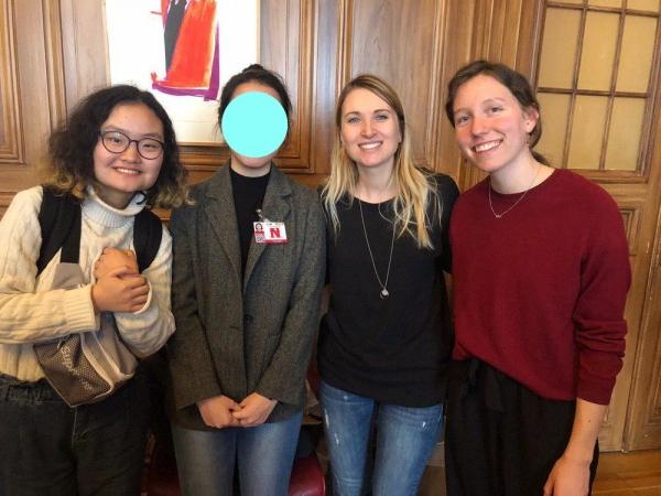 왼쪽부터 양지혜 청소년페미니즘모임 활동가, 청소년 당사자, Child Rights Connect의 활동가들.jpg ⓒ청소년페미니즘모임 제공