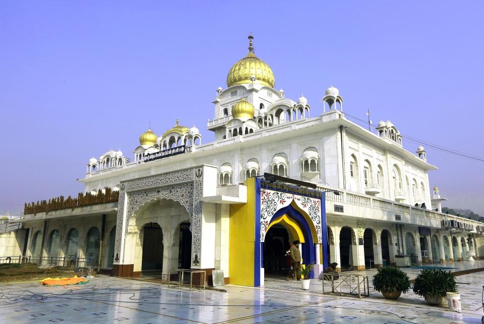 델리 시크사원-불교와 힌두교가 탄생하고 이슬람교 시크교가 공존하는 인도에서 시크교가 탄생했다. 윤회사상을 믿으며 내세의 행복을 위해 신도들이 자기수양을 한다 ⓒ김경호