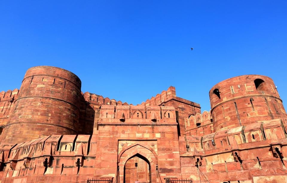 아그라성-무굴제국의 제3대 황제 악바르대제에 의해 붉은 사암으로 만들어진 성으로써 일명 붉은성이라고도 한다. ⓒ김경호