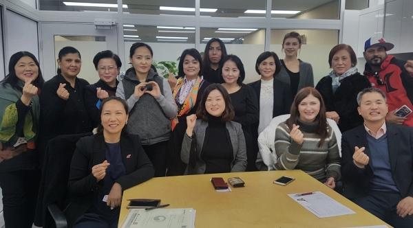 한국에 사는 이주민 당사자 조직 중 한 곳인 '외국인주민네트워크' 회원들