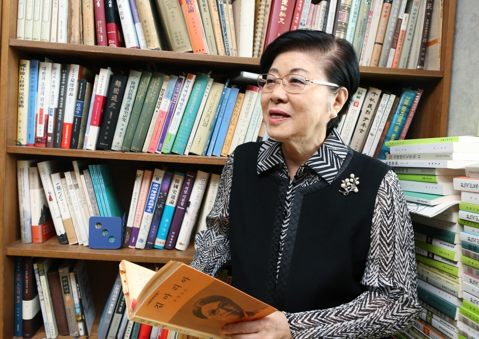 역사학자 박용옥 전 성신여대 사학과 교수가 여성 독립운동가 김마리아에 대해 설명하고 있다. ⓒ이정실 여성신문 사진기자