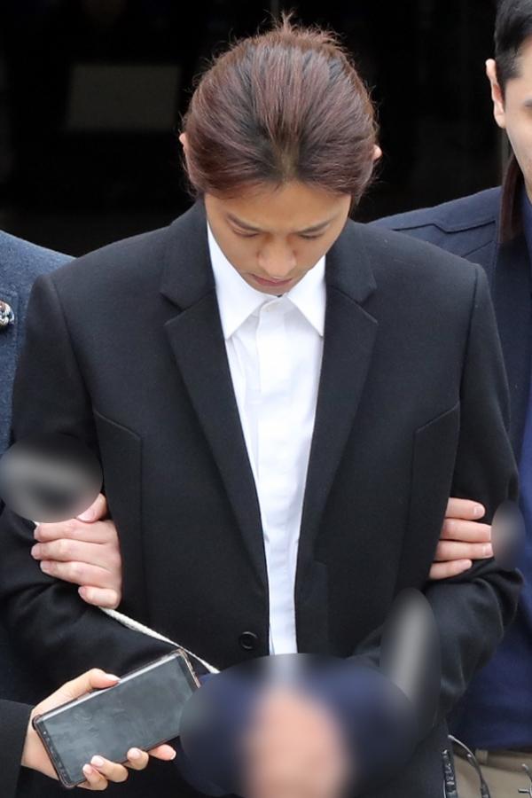 가수 정준영(30)씨가 일명 '승리 카톡방'을 통해 유포한 불법 촬영물 건수가 구속 이후에 더 늘어났다고 경찰이 28일 밝혔다. ⓒ뉴시스·여성신문