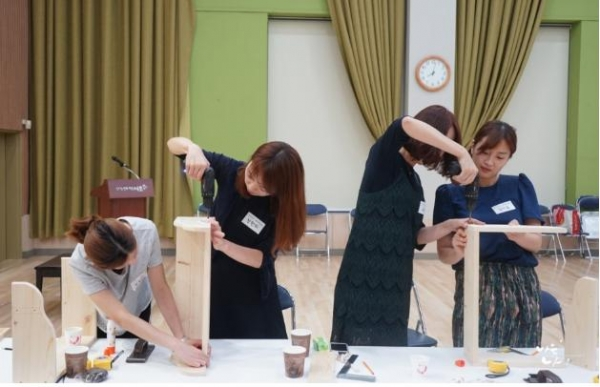 서울 서초구 '서리풀 싱글싱글문화교실'에서 진행하는 1인가구 목공 프로그램