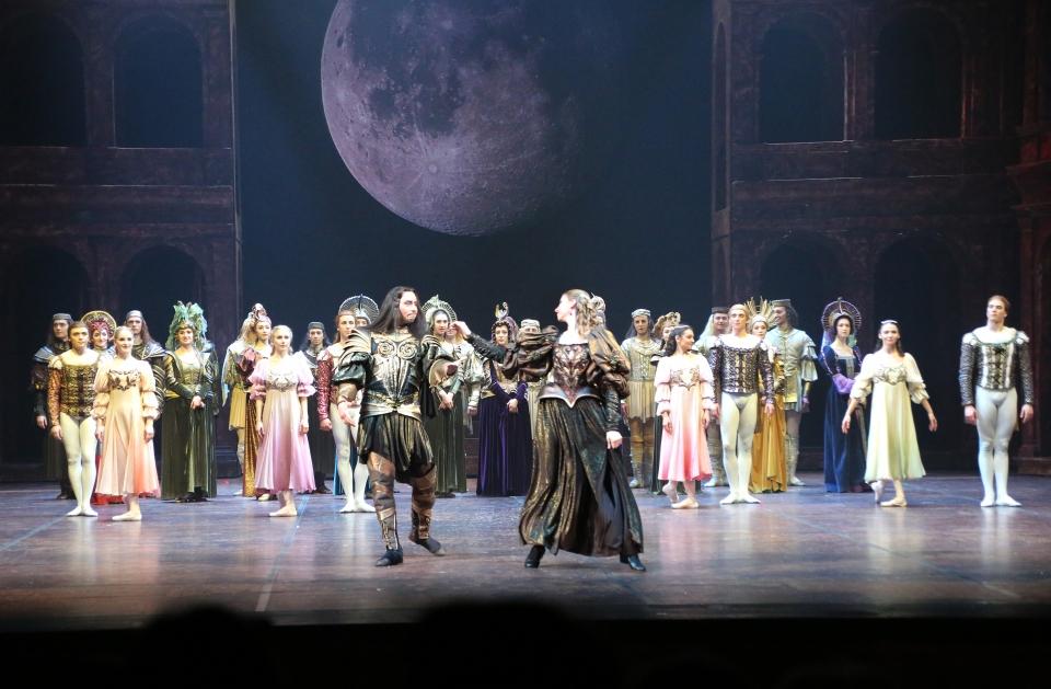 노보시비르스크 오페라 발레극장에서 공연 중인 '로미오와 줄리엣' ⓒ김경호