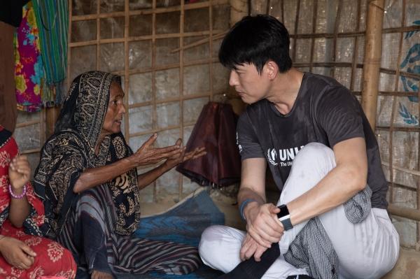 지난 5월 19일부터 23일까지 방글라데시 쿠투팔롱 로힝야 난민촌을 방문한 배우 정우성. ©유엔난민기구 제공