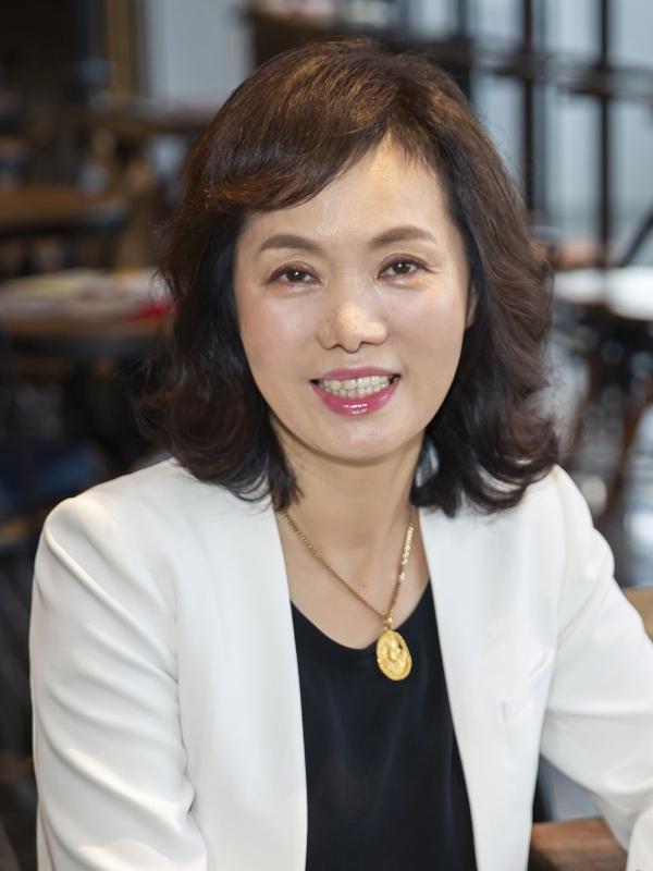 이복실 신임 세계여성이사협회 한국지부 회장