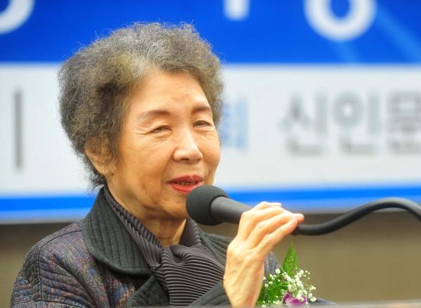 김남조 시인. ⓒ뉴시스·여성신문
