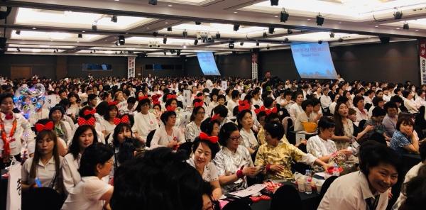 자유한국당 중앙여성위원회는 전국 핵심 여성당원들과 2020총선 필승을 다짐하는 '한국당 우먼 페스타'를 26일 서울 양재동 더케이호텔에서 개최했다.
