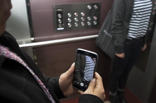 몰카(몰래카메라) 등 불법촬영물에 의한 디지털 성범죄가 빠르게 늘고 있다. ⓒ이정실 여성신문 사진기자