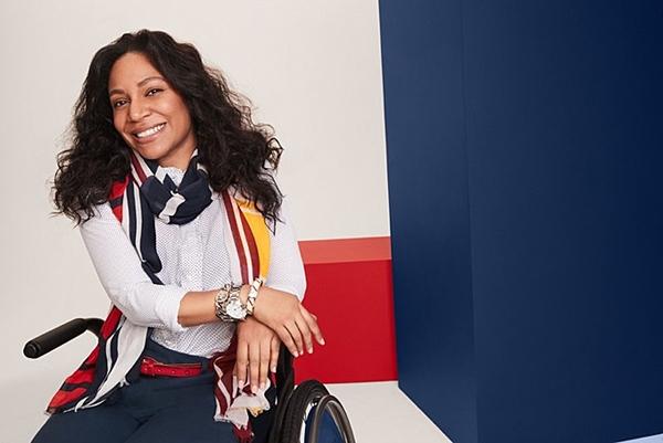 미국 캐주얼 의류브랜드 타미힐피거는 '어댑티브 패션'(Adaptive Fashion)이라는 카테고리를 따로 만들어 의류 모델로 장애인을 앞세워 광고했다. ⓒ타미힐피거