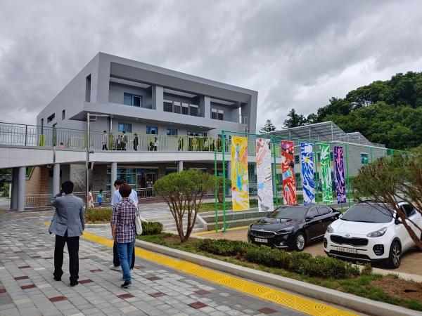 전국 첫 공립 초등대안학교 노천초 전경