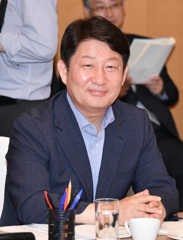 24일 '제42차 시도지사협의회 총회'에 참석한 권영진 대구광역시장