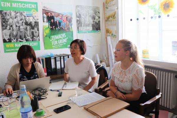 녹색당 소속 카롤리네 뷔르츠 시의원을 만나 녹색당의 여성정책과 의회 내 성평등을 위한 노력에 대해 들었다. ©한국여성재단