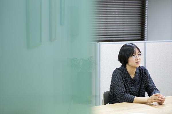 김지혜 교수가 9일 여성신문 본사에서 인터뷰를 진행하고있다. ⓒ곽성경 여성신문 사진기자