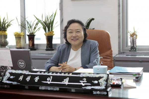인재근 여성가족위 위원장. ⓒ곽성경 여성신문 사진기자