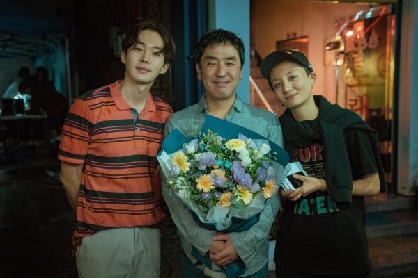 (왼쪽부터) 배우 무진성, 류승룡, 감독 조은지 ⓒNEW