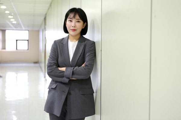 배우 송원. ⓒ곽성경 여성신문 사진기자