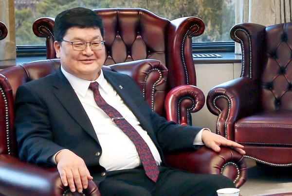 오드바야르 도르지 몽골 헌법재판소 소장 ⓒ뉴시스.여성신문
