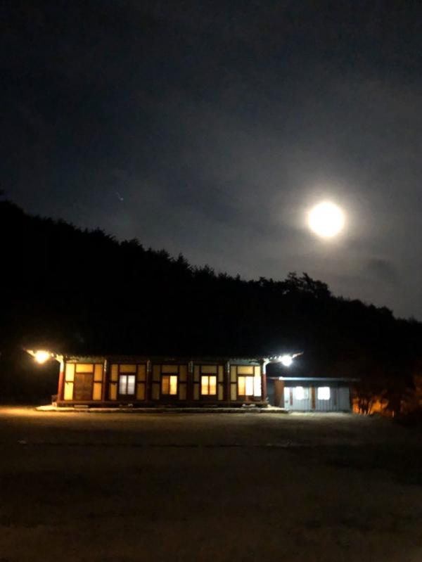 오전 5시경 현덕사의 아침. ⓒ여성신문 진혜민 기자