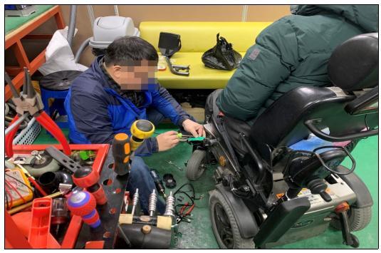 마포장애인종합복지관 마포보장구수리센터 작업 모습ⓒ마포구