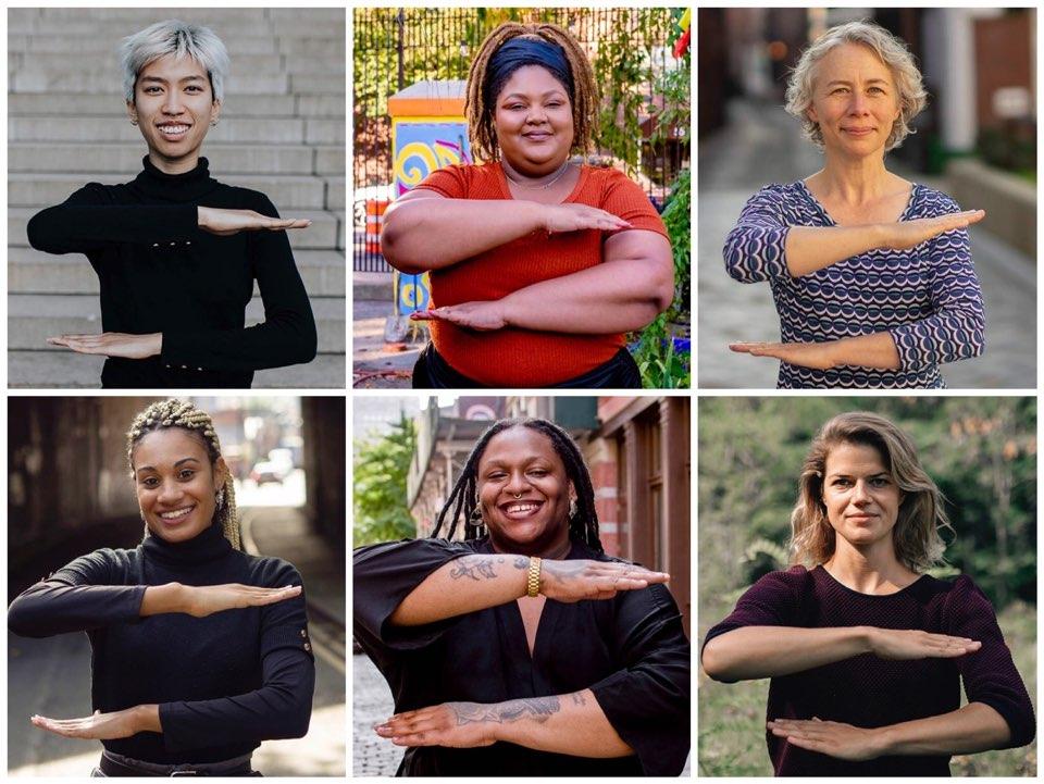 2020년 IWD가 제시한 캠페인 '#EachForEqaul' 제스처를 취하는 여성. ⓒCole Ndelu / EyeEm