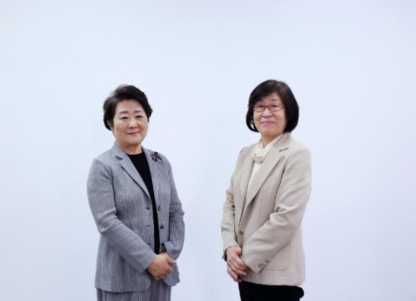 ⓒ(왼쪽부터)이혜경 장필화