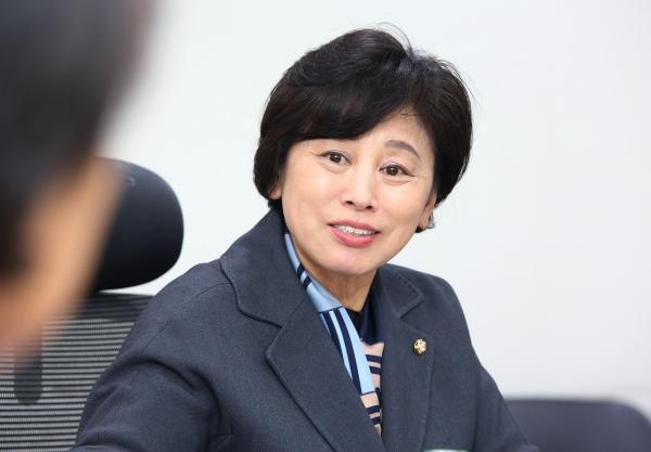 서울 송파병에 출마하는 남인순 더불어민주당 의원. ⓒ여성신문