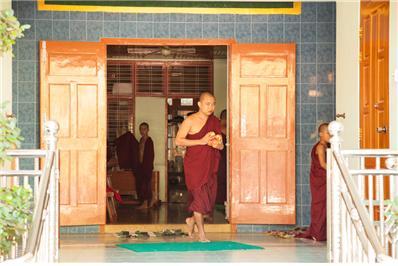 만달레이에 있는 수도원 학교 학생들. Ⓒ조용경