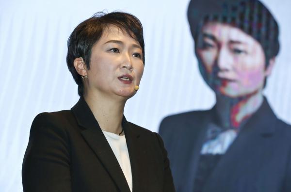이언주 전 미래통합당 의원이 23일 오후 서울 여의도 켄싱턴호텔에서 열린 '부산독립선언' 출판기념회에서 강연하고 있다. (공동취재사진)