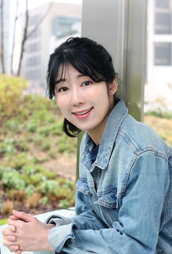 한국 사회에서 여성이, 그것도 방송인이 자신의 몸에 대해 말하기란 쉽지 않다. 일본 출신 후지타 사유리는 그 드문 예다. ⓒ이정실 여성신문 사진기자