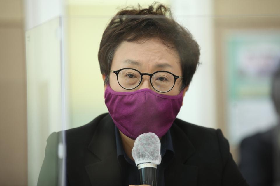 3일 오전 서울 여의도 KMA 여의도센터에서 한국여성의정과 한국여성정책연구원이 '정치관계법 개정 토론회'를 열고 박선영 한국여성정책연구원 선임연구위원은 발언을 하고 있다. ⓒ홍수형 기자