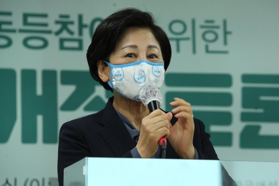 3일 오전 서울 여의도 KMA 여의도센터에서 한국여성의정과 한국여성정책연구원이 '정치관계법 개정 토론회'를 열고 남인순 더불어민주당 의원은 개회사 발언을 하고 있다. ⓒ홍수형 기자