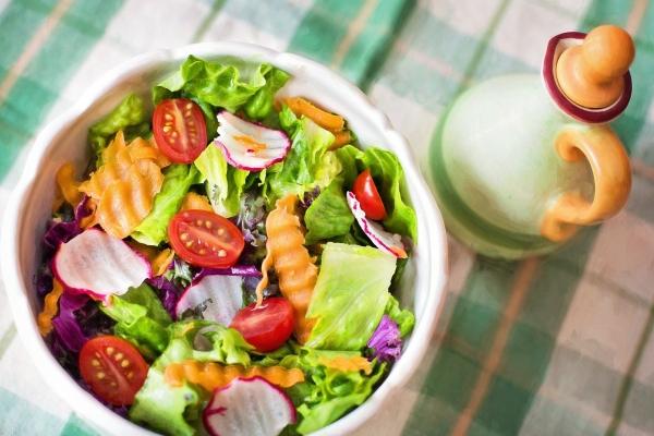건강한 먹거리와 채식에 대한 관심이 커지는 가운데, 서울시가 채식식당 948개소를 발굴해 온라인으로 공개했다. ⓒPixabay