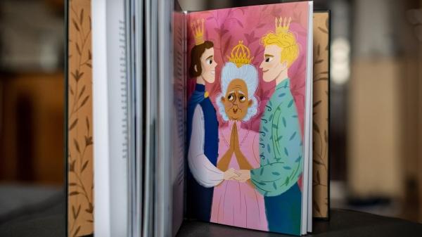'원더랜드는 모두를 위한 것' 책 안에는 LGBT에 관한 이야기도 들어있다. ⓒbudapestpride.com