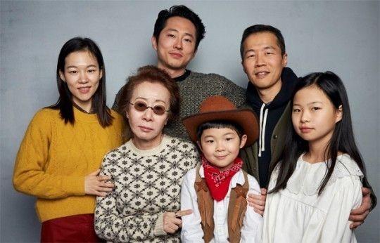영화 '미나리'가 연일 수상 고공행진을 기록하고 있다. 배우 윤여정은 연기상 16관왕에 올랐다. ⓒ판씨네마