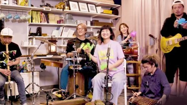 ⓒ고래야 타이니 데스크 콘서트(Tiny Desk Concert) 공연 영상 캡처