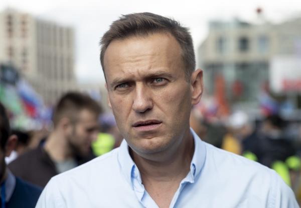 러시아 야권 운동가 알렉세이 나발니. 사진은 2019년 7월 20일 공정선거를 요구하는 시위 현장에서 가두행진을 하던 모습.  ⓒ뉴시스·여성신문