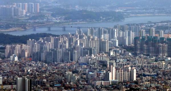 서울 시내의 아파트 모습. ⓒ여성신문·뉴시스