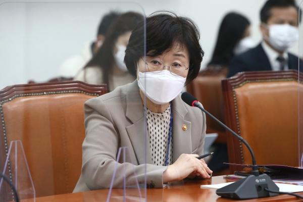 정영애 여성가족부 장관. ⓒ뉴시스·여성신문