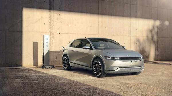 현대자동차는 23일 온라인으로 '아이오닉 5 세계 최초 공개' 행사를 진행했다.  ⓒ현대자동차그룹/뉴시스