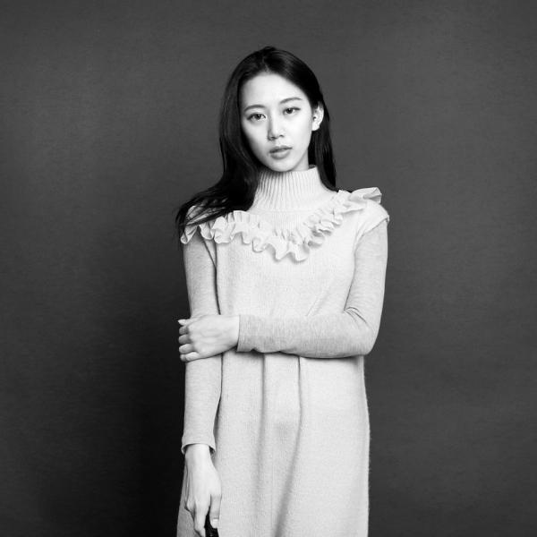 """'스튜디오 촬영 성폭력'을 고발한 지 3년, 양예원씨는 성폭력 생존자이자 연대자, 운동가가 됐다. """"한국 여성들은 싸워서 조금씩 세상을 바꾸고 있어요. 저는 앞으로도 웃으면서 싸울 거예요."""" ⓒ여성신문"""