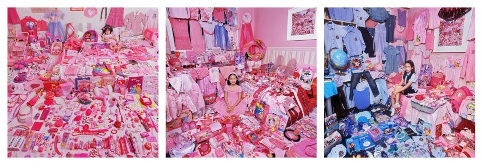 아이들은 자라고, 아이들의 삶과 공간을 채운 색도 바뀐다. 2005년부터 윤정미 작가가 작업해온 연작 '핑크 & 블루 프로젝트 (The Pink & Blue Project)'. 딸 서우양을 모델로 2005, 2007, 2009년 각각 촬영한 연작.  ⓒ윤정미 작가