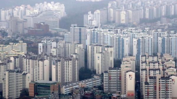 21일 오후 서울 영등포구 63아트에서 서울 시내 아파트가 보이고 있다. ⓒ뉴시스