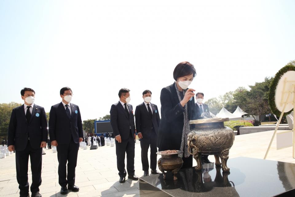 19일 서울 강북구 국립4.19민주묘지에서 제61주년 4.19혁명 기념식이 열렸다. ⓒ홍수형 기자