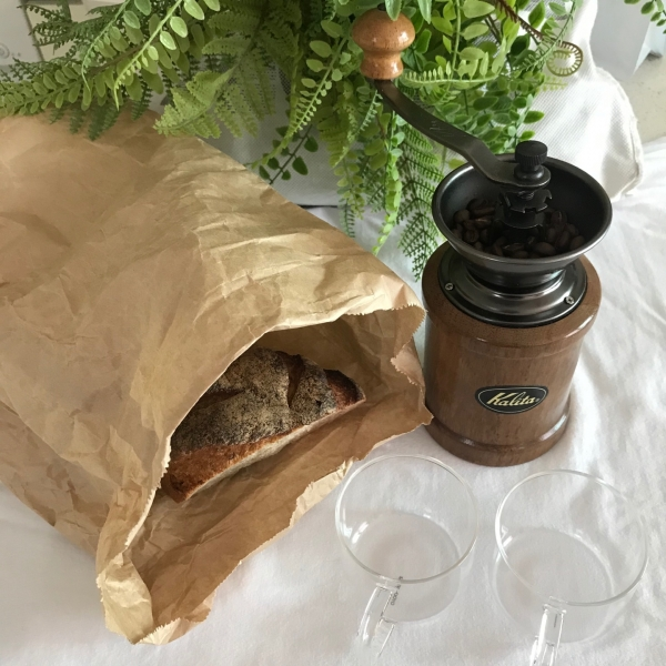 이세아 기자는 '버릴 것 없는' 봄소풍에 도전했다. 샌드위치, 커피를 구매하는 대신 집에서 준비해 다회용기에 담았다.  ⓒ이세아 기자