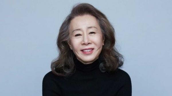 영화 '미나리'로 여우조연상 후보에 오른 배우 윤여정이 수상 여부 예측 투표에서 압도적인 1위를 기록했다. ⓒ후크엔터테인먼트